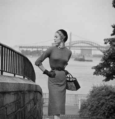 1950-City-Women-61-370x382