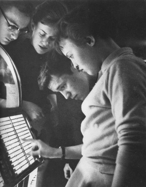 Teens at the Jukebox